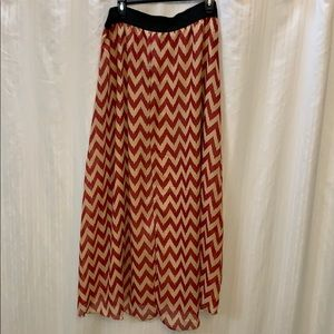 LuLaRoe Lucy size 2XL red and tan zigzag